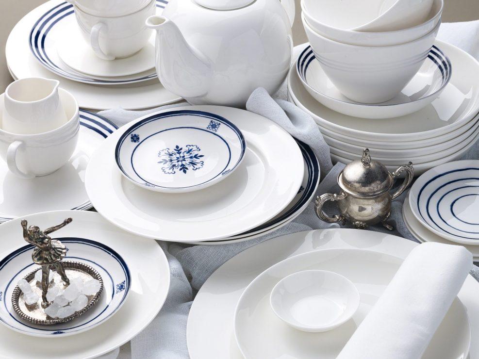 Tisch, Geschirr, Depot, Kanne, Porzellan, Tischgedeck, Articus&Röttgen Fotografie, Articus, Röttgen