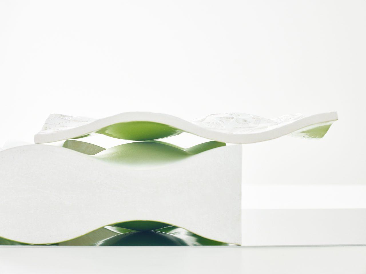 Kyra Spieker, Keramik, Glas, Frechen, Ausstellung, Kunst, Abstrakt, Produktfotografie, AR, Articus & Röttgen, Grün, Helge Articus, Fotografie