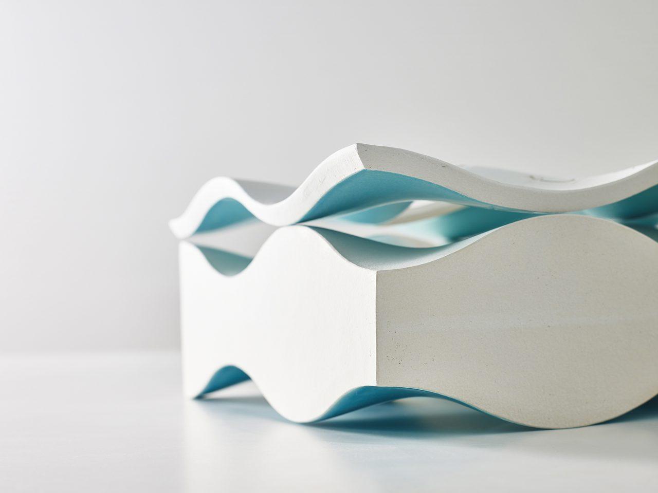 Kyra Spieker, Keramik, Glas, Frechen, Ausstellung, Kunst, Abstrakt, Produktfotografie, AR, Articus & Röttgen, Blau, Helge Articus, Fotografie